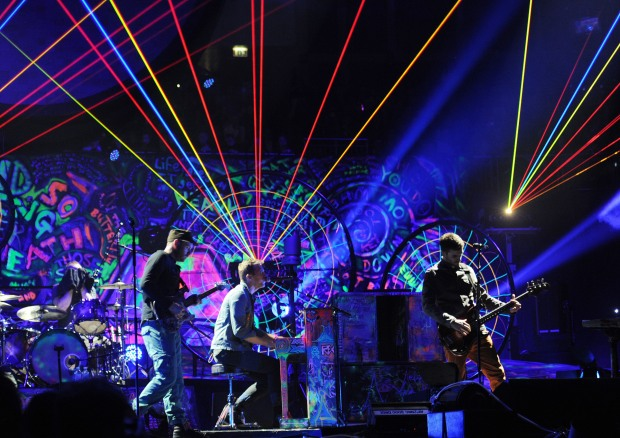 COLDPLAY EN CONCERT A LONDRES