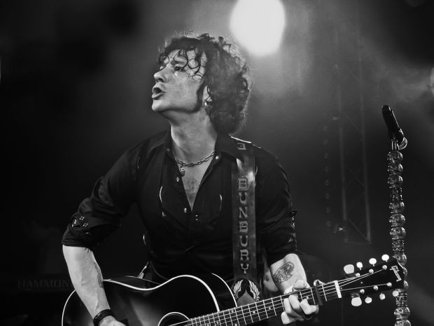 1024px-Enrique_Bunbury_-_17_Retouched